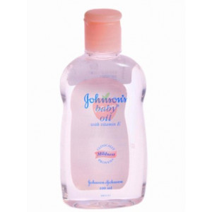 Johnson & Johnson Baby Oil 100ml